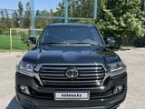 Toyota Land Cruiser 2018 года за 35 800 000 тг. в Шымкент – фото 2