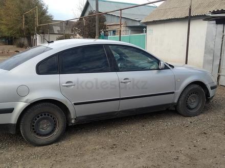 Volkswagen Passat 1998 года за 1 250 000 тг. в Уральск