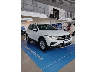 Volkswagen Tiguan Status 2.0 2021 года за 15 146 000 тг. в Караганда