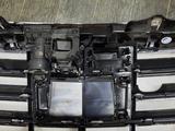 Решётка радиатора (дистроник, камера, найтвижн) б/у оригинал W222 за 150 000 тг. в Алматы – фото 4