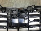 Решётка радиатора (дистроник, камера, найтвижн) б/у оригинал W222 за 150 000 тг. в Алматы – фото 5