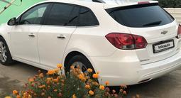 Chevrolet Cruze 2012 года за 3 700 000 тг. в Атырау – фото 2