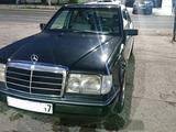 Mercedes-Benz E 200 1990 года за 1 250 000 тг. в Шымкент