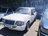 Mercedes-Benz E 250 1993 года за 850 000 тг. в Алматы – фото 2