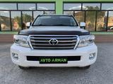 Toyota Land Cruiser 2013 года за 19 950 000 тг. в Шымкент – фото 2