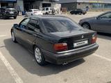 BMW 325 1994 года за 1 550 000 тг. в Алматы – фото 4