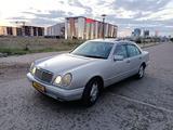 Mercedes-Benz E 320 1998 года за 2 800 000 тг. в Нур-Султан (Астана) – фото 2