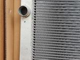 Радиатор на бмв 7 серии кузов е65 объём 3.6/4.0/4.4/ за 88 000 тг. в Алматы – фото 3