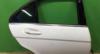 Астана Дверь задняя правая Mercedes C class w204 204 за 225 000 тг. в Нур-Султан (Астана)