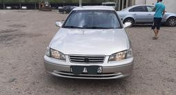 Toyota Camry 2000 года за 2 800 000 тг. в Усть-Каменогорск