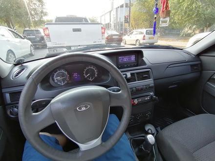ВАЗ (Lada) 2170 (седан) 2013 года за 2 100 000 тг. в Актобе – фото 2
