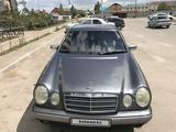 Mercedes-Benz E 230 1996 года за 2 100 000 тг. в Караганда – фото 3