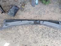 Жабо решетка стеклоочистителя Mohave за 700 тг. в Алматы