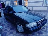 Mercedes-Benz C 220 1995 года за 1 500 000 тг. в Тараз – фото 2