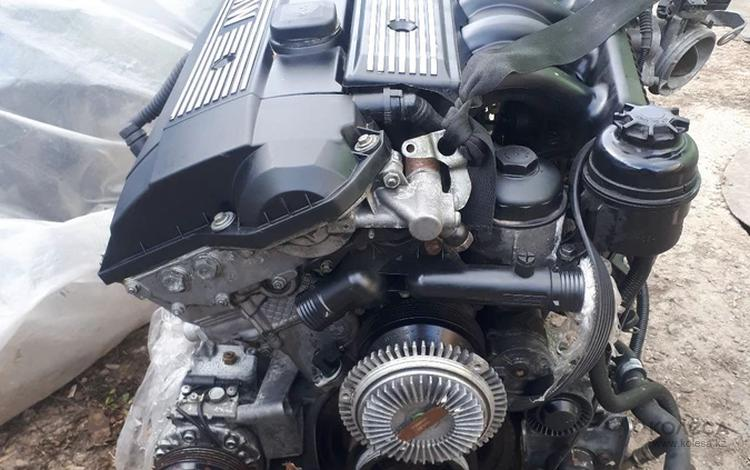 Двигатель на BMW E39 M52 2.5 за 350 000 тг. в Караганда