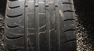 255/40R9 Dunlop 1шт Одна Шина за 6 000 тг. в Алматы
