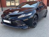 Toyota Camry 2019 года за 11 700 000 тг. в Актау