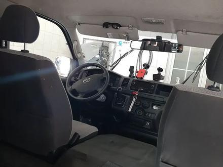 Toyota HiAce 2016 года за 12 500 000 тг. в Алматы – фото 8