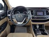 Toyota Highlander 2014 года за 15 250 000 тг. в Актау – фото 3