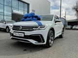 Volkswagen Tiguan R-Line 2.0 2021 года за 17 330 000 тг. в Шымкент