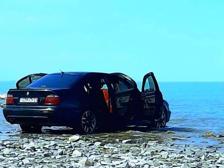 BMW 528 1997 года за 2 300 000 тг. в Тараз – фото 2