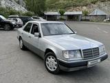 Mercedes-Benz E 300 1990 года за 1 800 000 тг. в Усть-Каменогорск