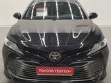 Toyota Camry 2018 года за 16 000 000 тг. в Костанай – фото 2