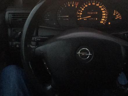 Opel Omega 1999 года за 1 750 000 тг. в Нур-Султан (Астана) – фото 4