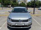 Volkswagen Passat 2014 года за 6 300 000 тг. в Шымкент