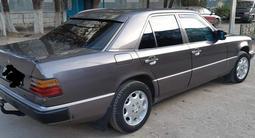 Mercedes-Benz E 200 1992 года за 1 500 000 тг. в Жезказган – фото 2