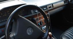 Mercedes-Benz E 200 1992 года за 1 500 000 тг. в Жезказган – фото 5