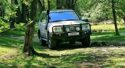 Toyota Land Cruiser 2006 года за 8 000 000 тг. в Усть-Каменогорск – фото 2