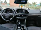 Hyundai Sonata 2021 года за 13 600 000 тг. в Костанай – фото 4