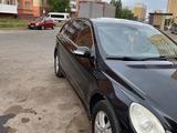 Mercedes-Benz R 500 2006 года за 4 000 000 тг. в Нур-Султан (Астана) – фото 2