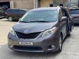 Toyota Sienna 2012 года за 5 950 000 тг. в Ереван