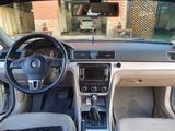 Volkswagen Passat 2013 года за 6 500 000 тг. в Уральск