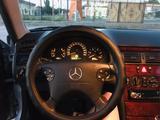 Mercedes-Benz E 220 2001 года за 2 700 000 тг. в Шымкент – фото 5
