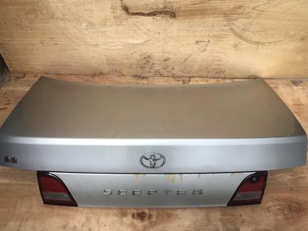 Крышка багажника Toyota Scepter SXV10 за 25 000 тг. в Алматы