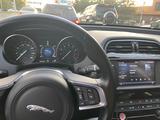 Jaguar XE 2018 года за 12 500 000 тг. в Алматы – фото 2