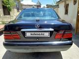 Mercedes-Benz E 240 1999 года за 2 200 000 тг. в Шымкент – фото 2