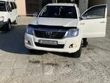 Toyota Hilux 2013 года за 10 000 000 тг. в Жанаозен – фото 2