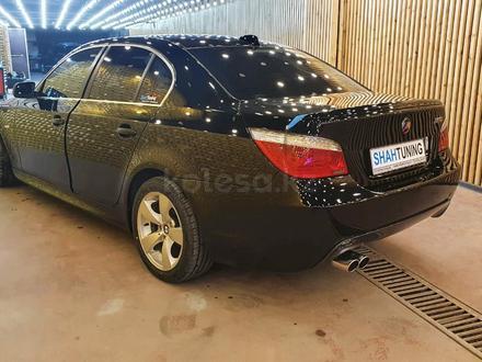 Бампер на BMW e60 M-Tech за 60 000 тг. в Алматы – фото 3