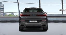 BMW X6 2021 года за 46 812 000 тг. в Усть-Каменогорск – фото 4