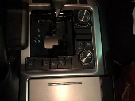 Переделка Рестайлинг салона Оригинал Land Cruiser 200 за 2 300 тг. в Алматы – фото 7