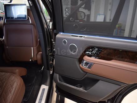 Land Rover Range Rover 2019 года за 110 151 000 тг. в Алматы – фото 19