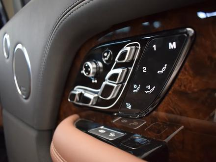 Land Rover Range Rover 2019 года за 110 151 000 тг. в Алматы – фото 20