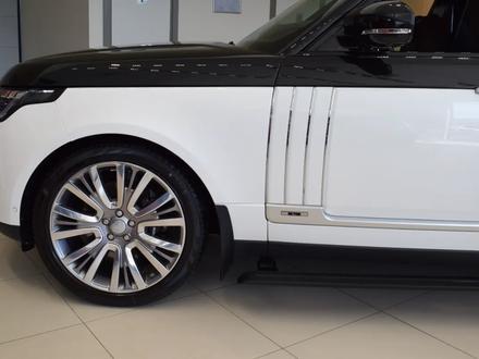 Land Rover Range Rover 2019 года за 110 151 000 тг. в Алматы – фото 25