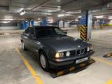 BMW 520 1989 года за 900 000 тг. в Павлодар