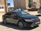 Toyota Camry 2017 года за 11 500 000 тг. в Жанаозен – фото 2