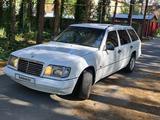 Mercedes-Benz E 200 1994 года за 1 650 000 тг. в Талдыкорган